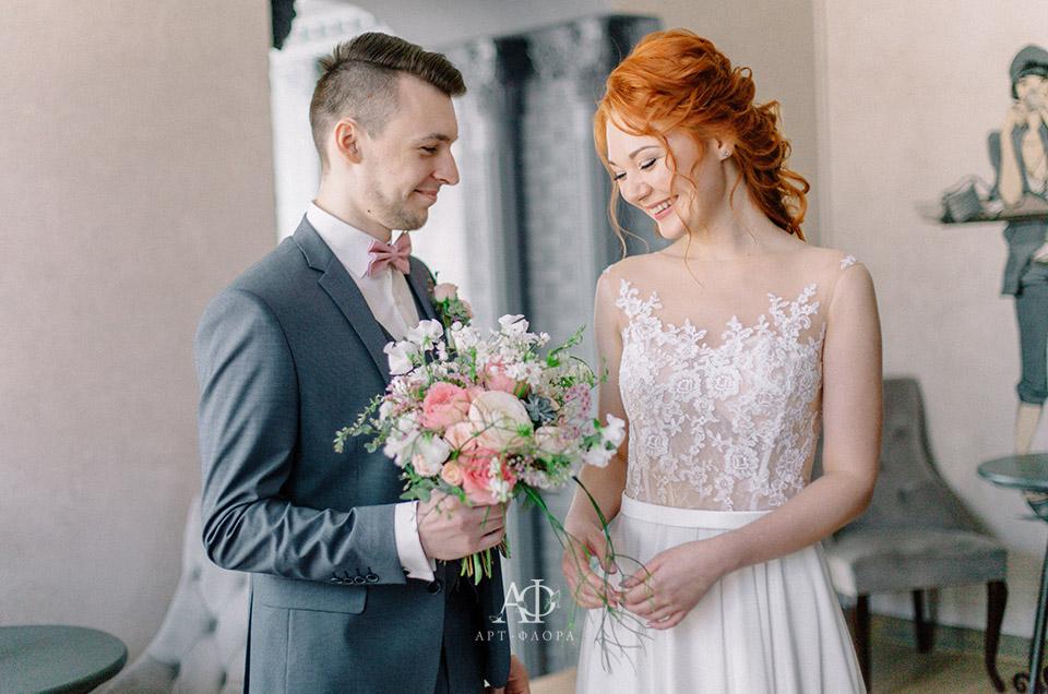 oformlenie-svadby-v-obyatiyax-vesny6
